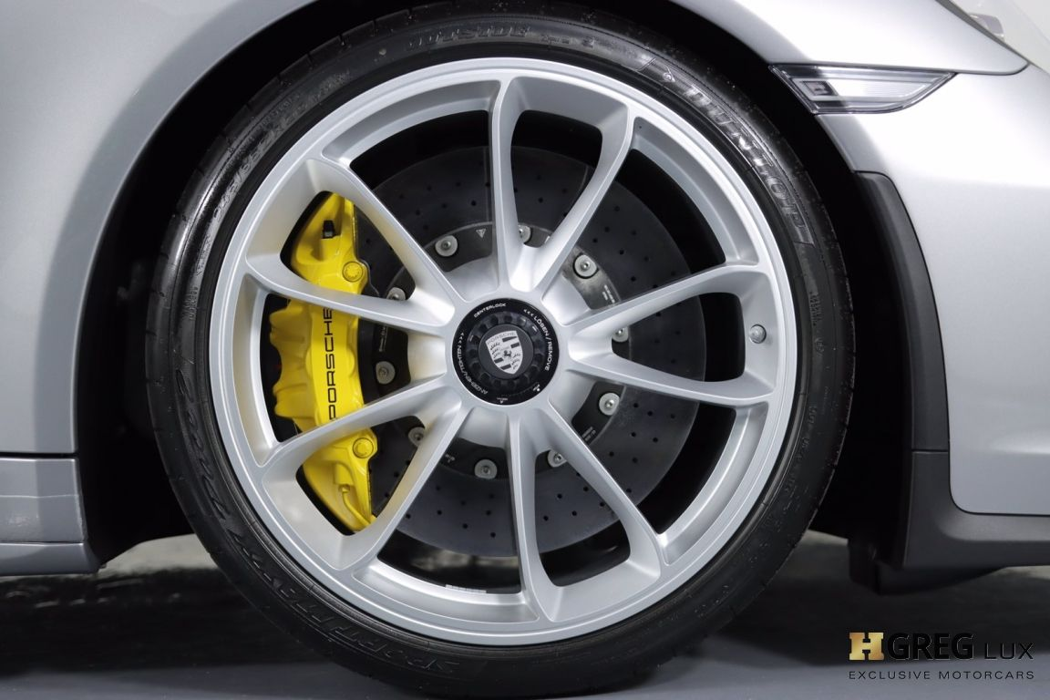 2019 Porsche 911 Speedster #15