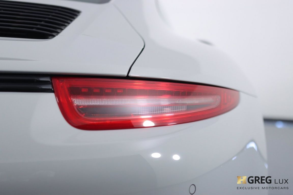 2016 Porsche 911 Carrera GTS #19