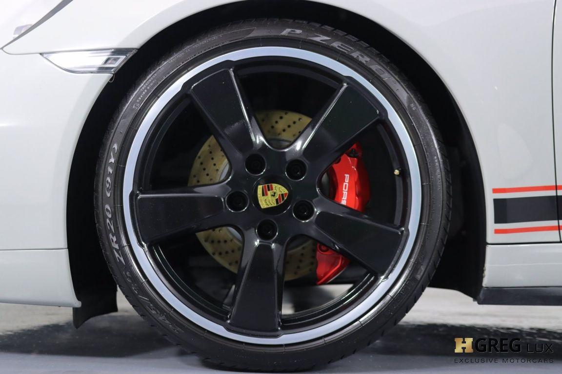 2016 Porsche 911 Carrera GTS #24