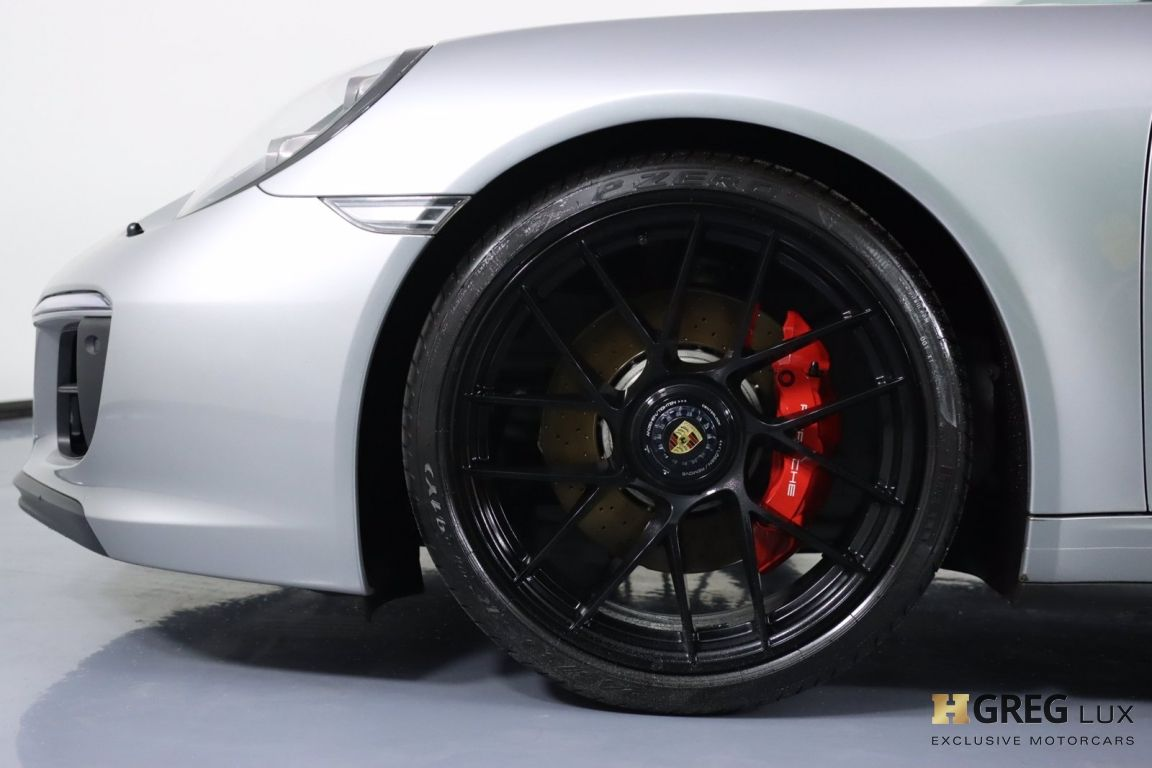 2018 Porsche 911 Carrera GTS #24