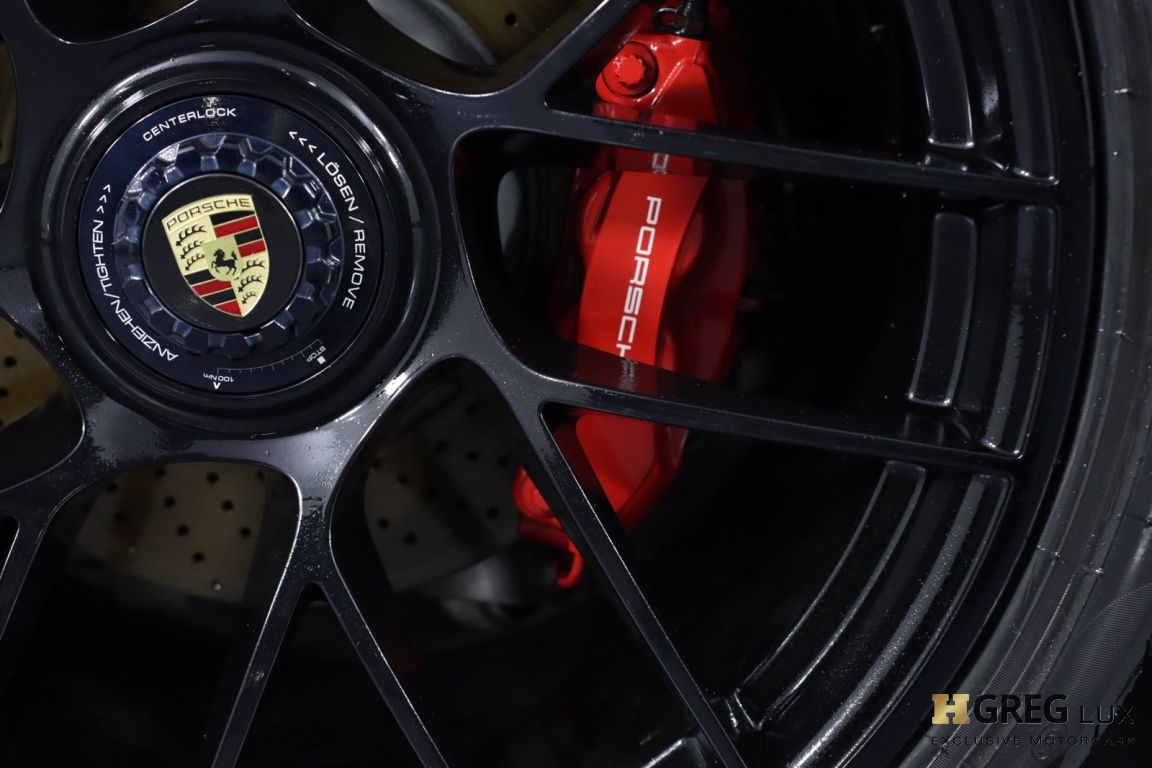 2018 Porsche 911 Carrera GTS #17