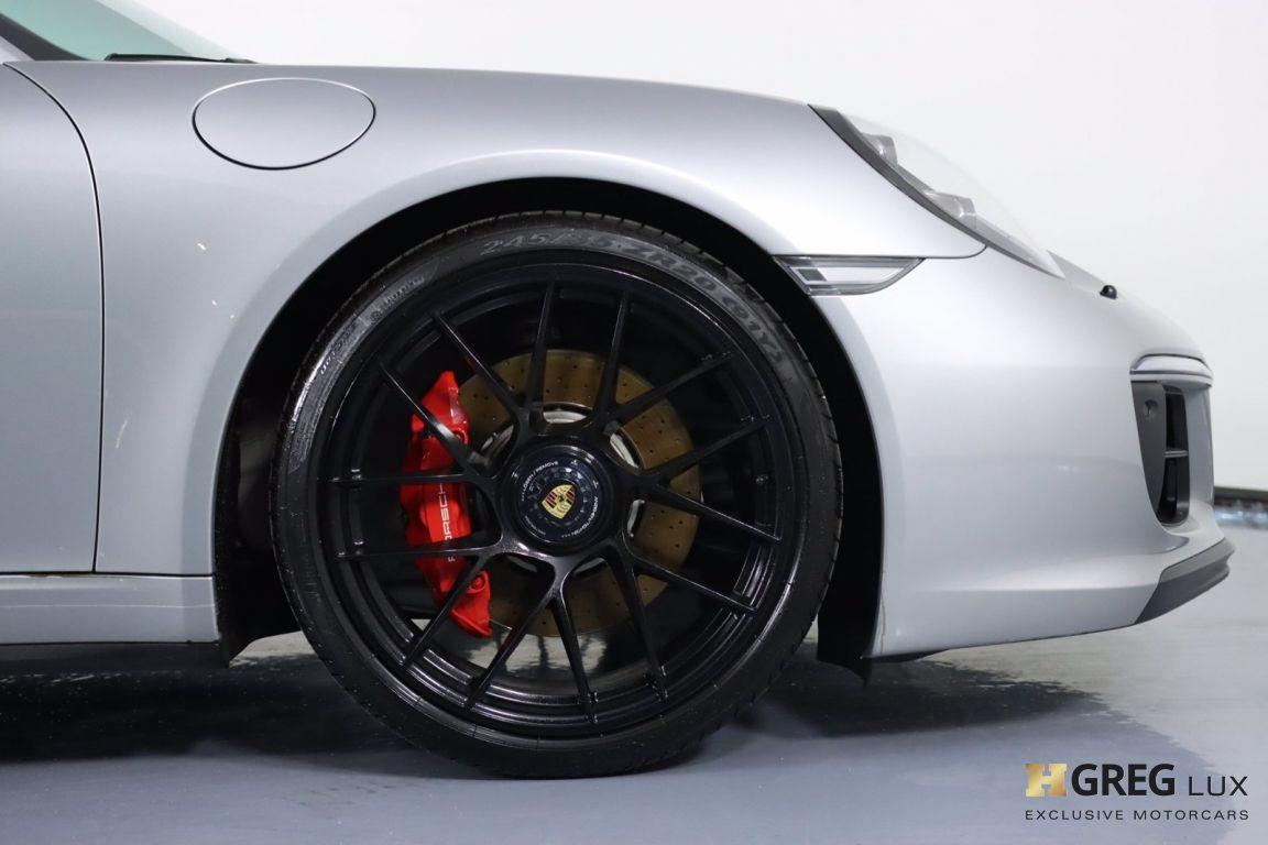 2018 Porsche 911 Carrera GTS #12