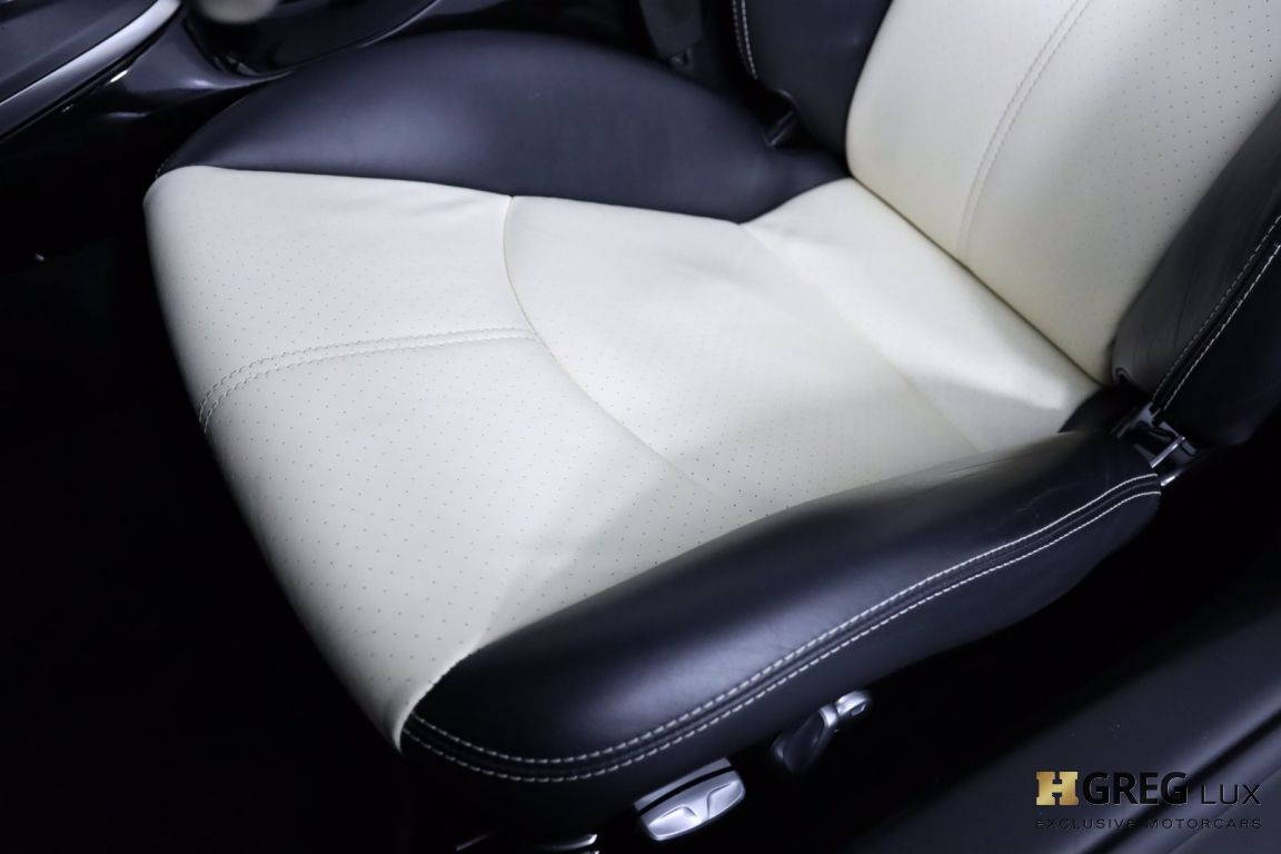 2012 Porsche 911 Turbo S #33