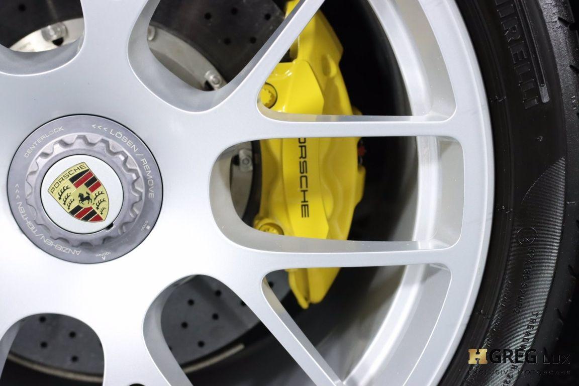 2012 Porsche 911 Turbo S #19
