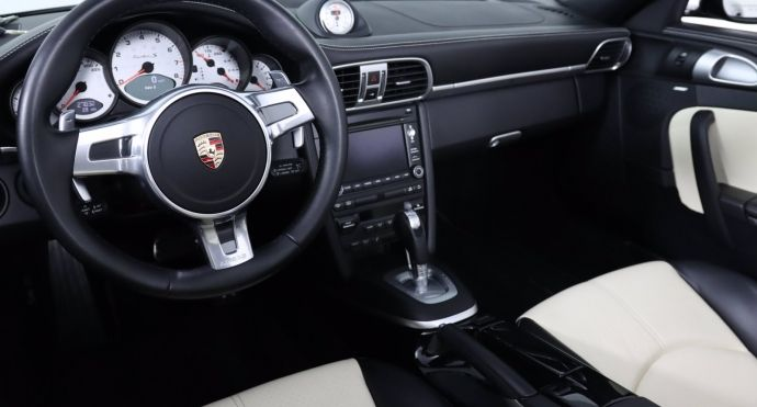 2012 Porsche 911 Turbo S #1