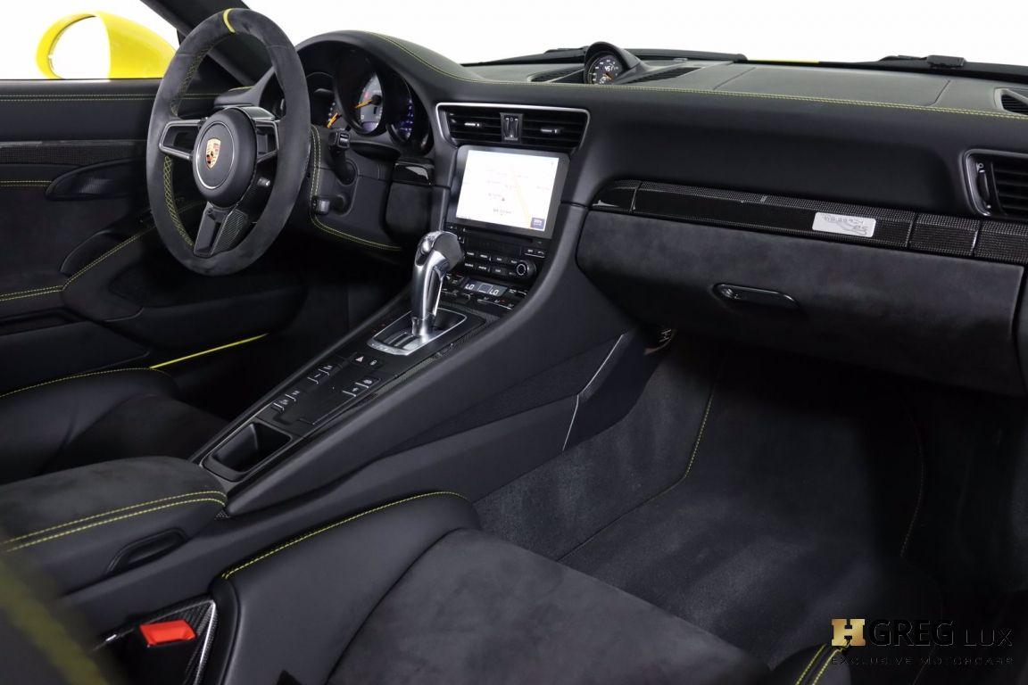 2018 Porsche 911 GT2 RS #64