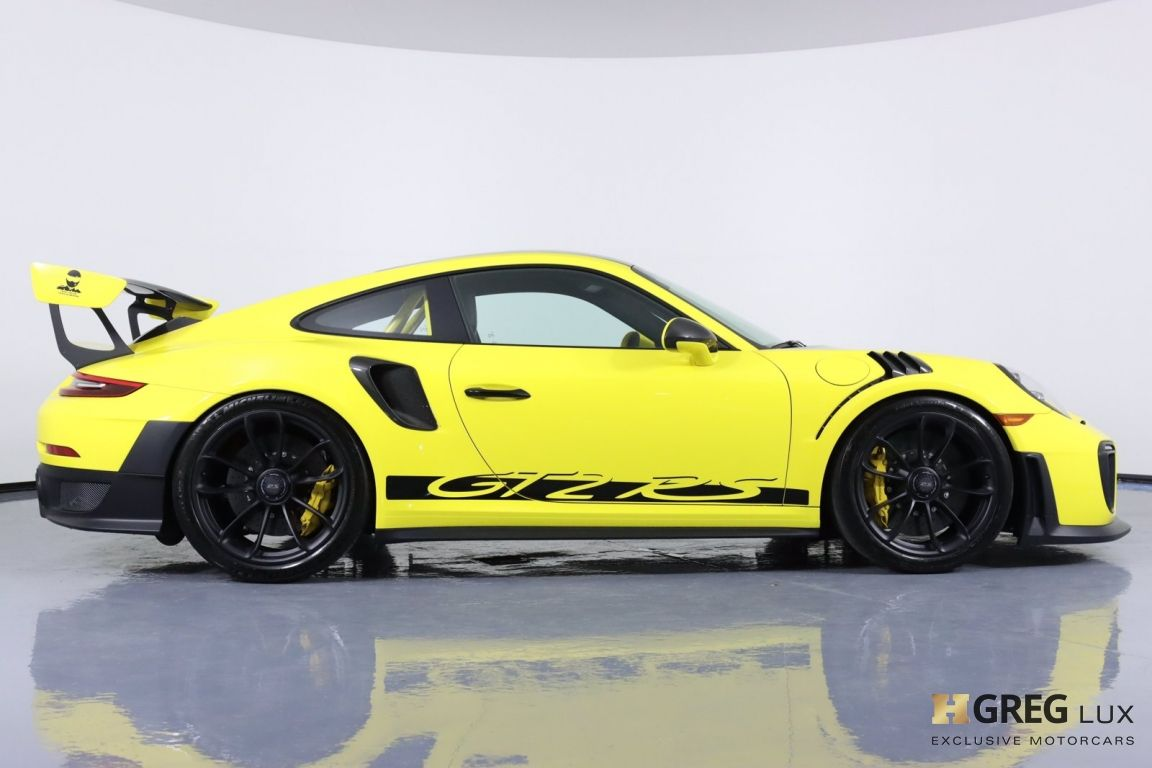 2018 Porsche 911 GT2 RS #12