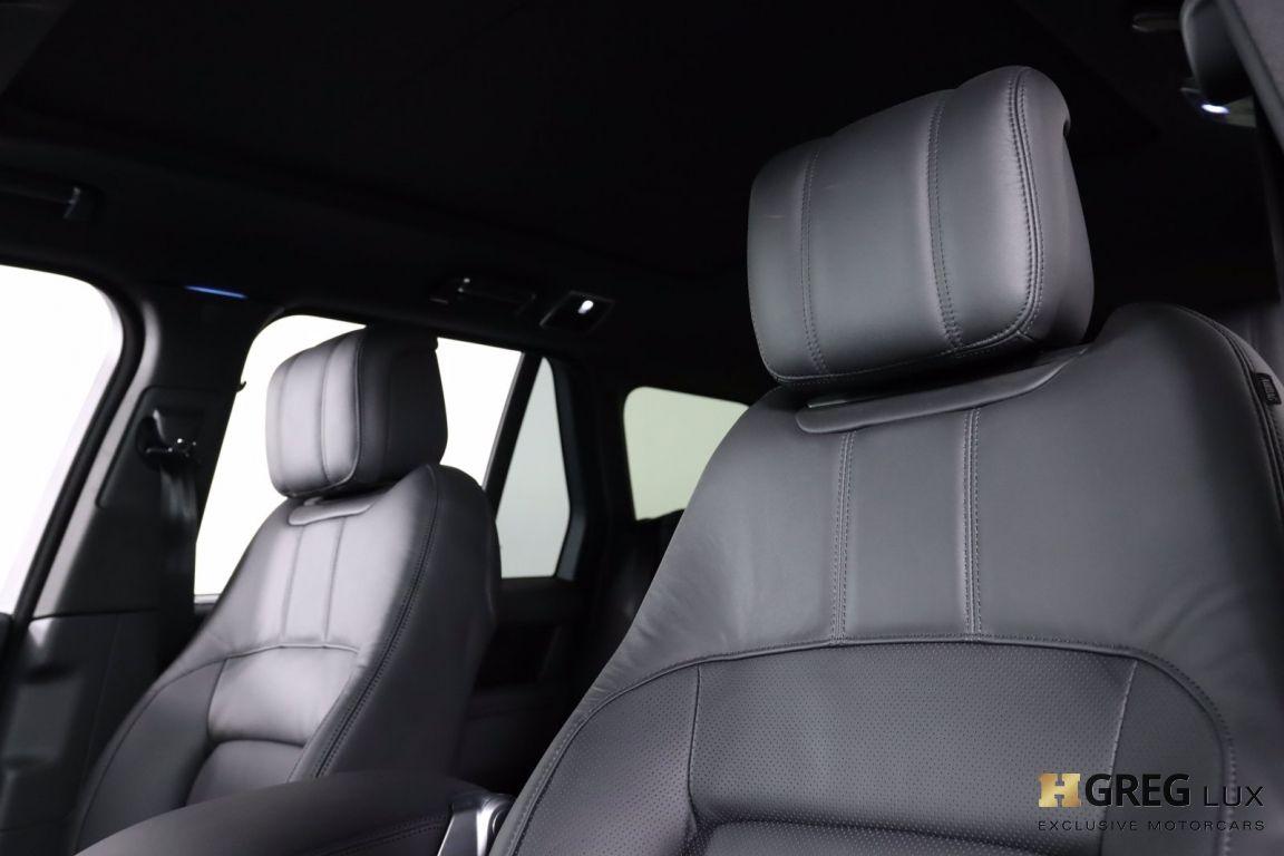 2020 Land Rover Range Rover HSE #2