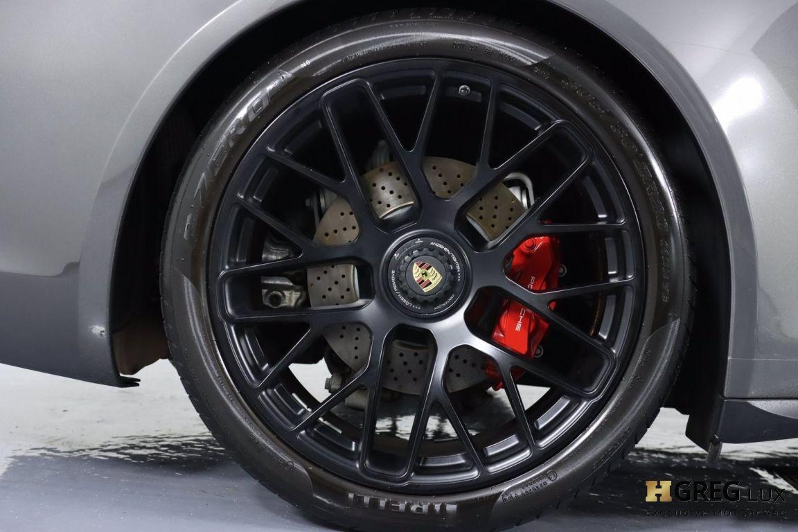 2015 Porsche 911 Carrera GTS #16