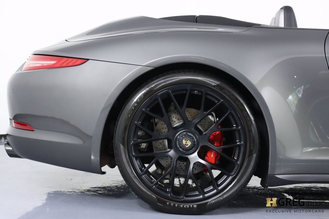 2015 Porsche 911 Carrera GTS #15