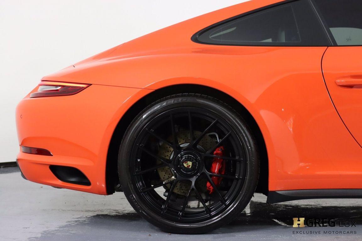 2019 Porsche 911 Carrera GTS #14