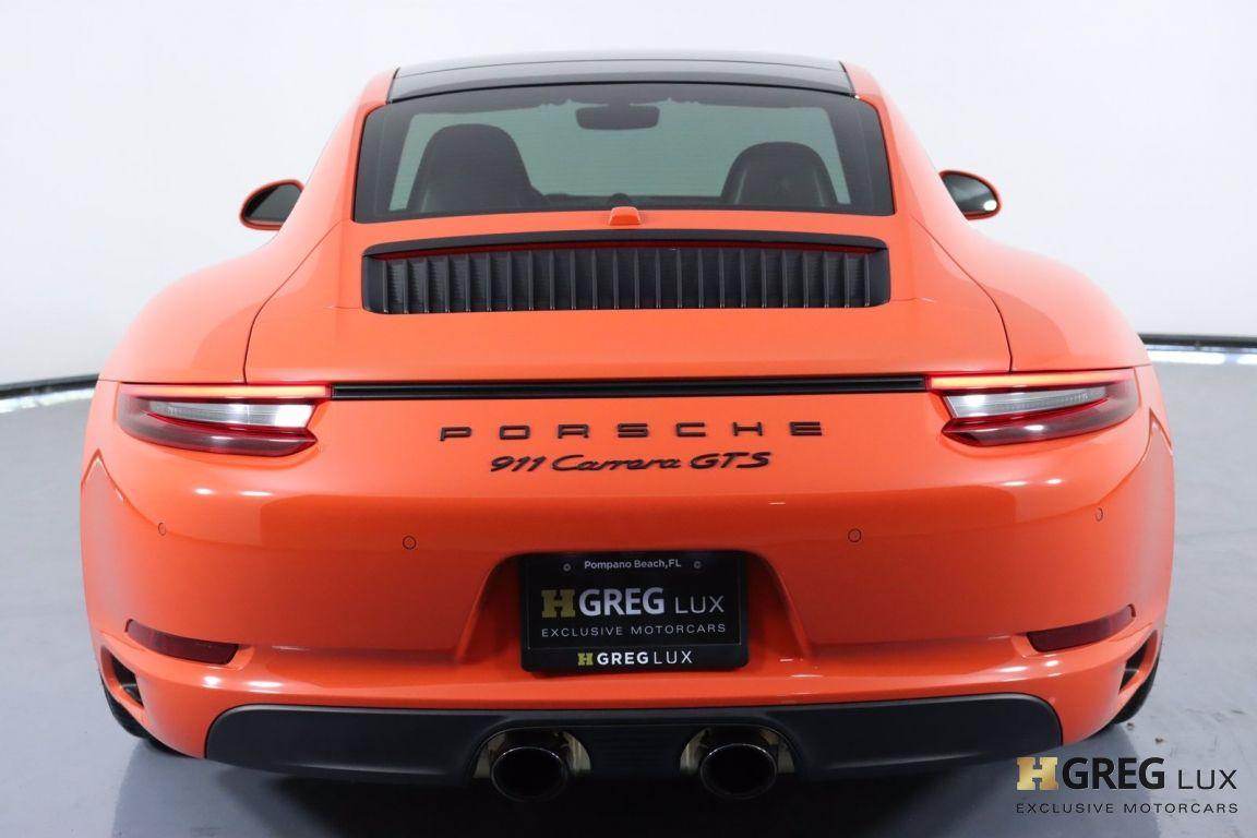 2019 Porsche 911 Carrera GTS #18