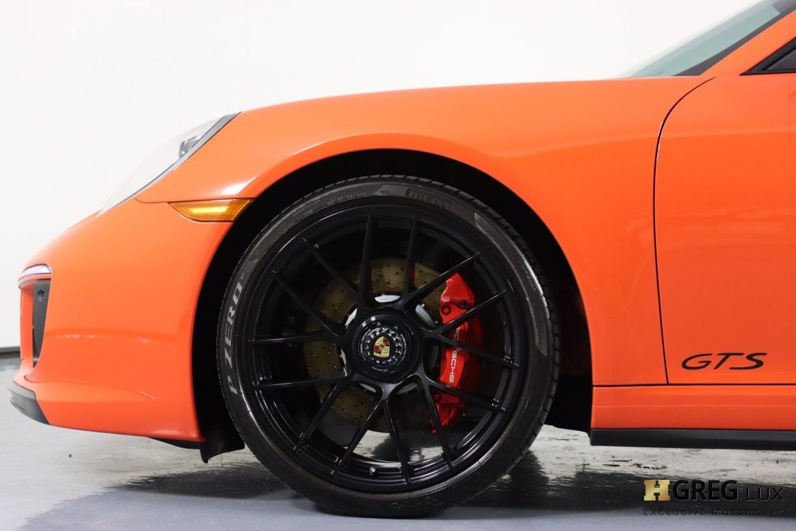 2019 Porsche 911 Carrera GTS #24