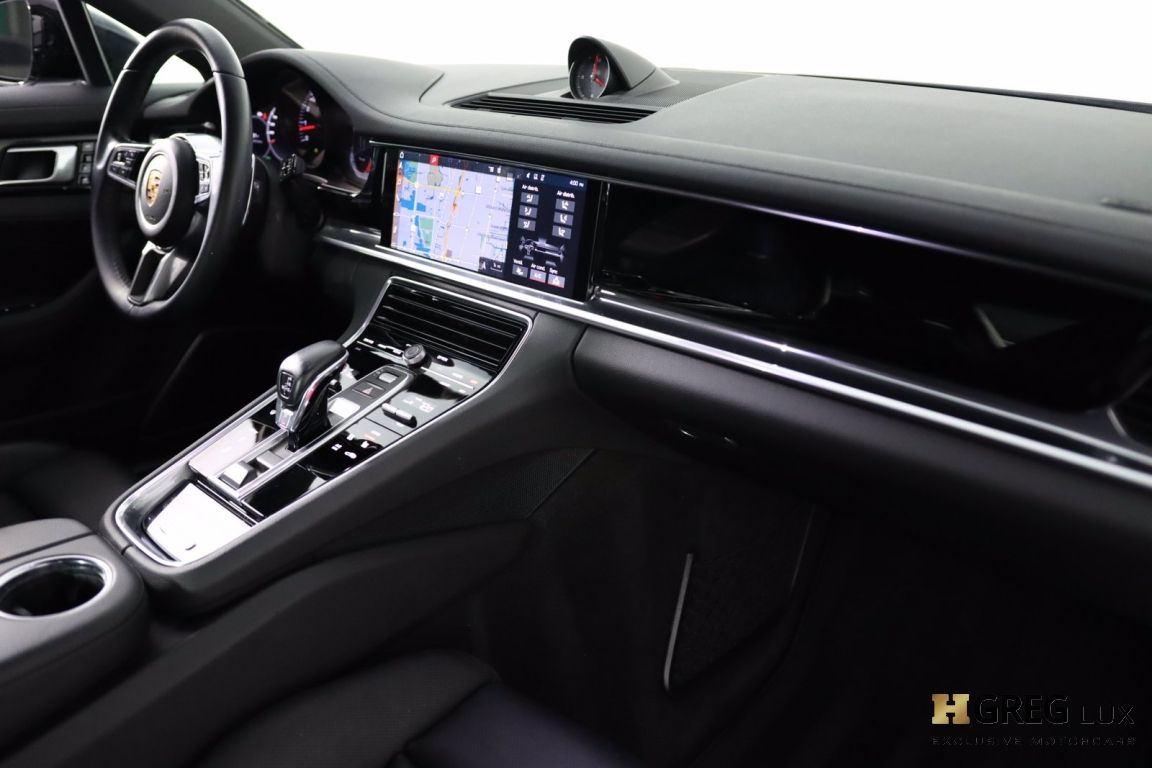 2018 Porsche Panamera 4 #30