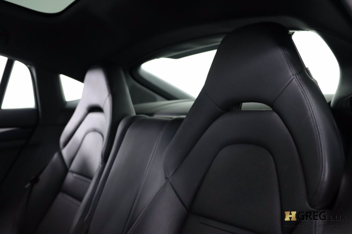2018 Porsche Panamera 4 #32