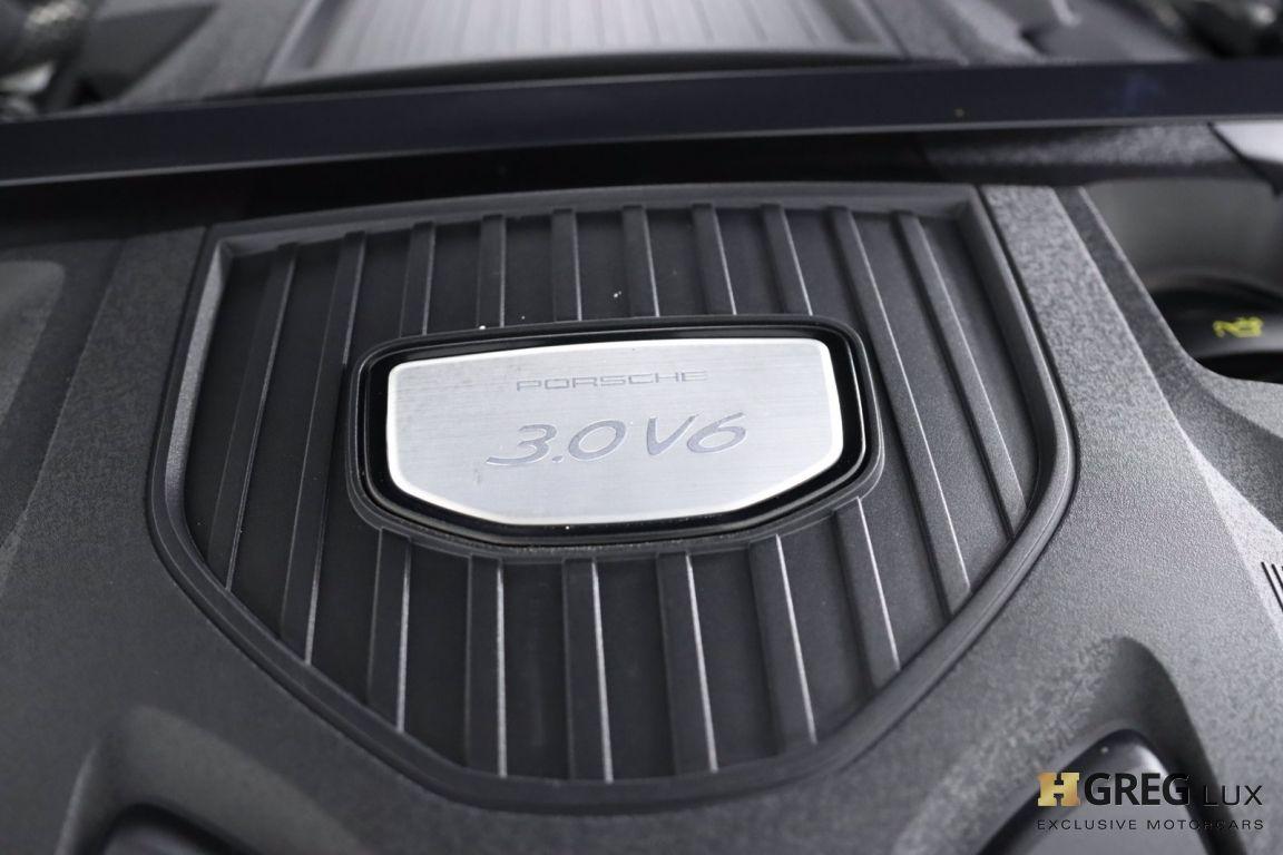 2018 Porsche Panamera 4 #58