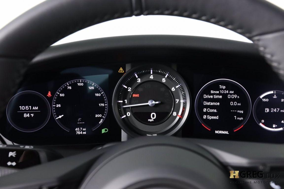 2021 Porsche 911 Carrera 4S #47