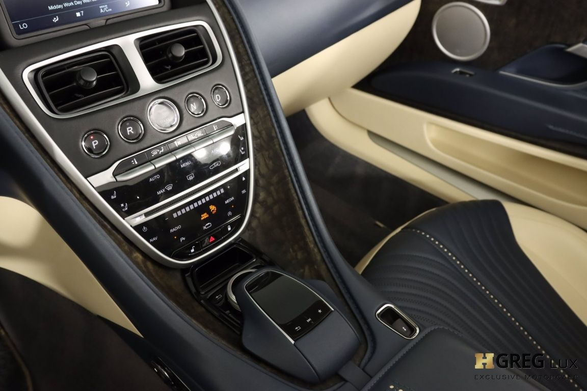 2019 Aston Martin DB11 Volante #42