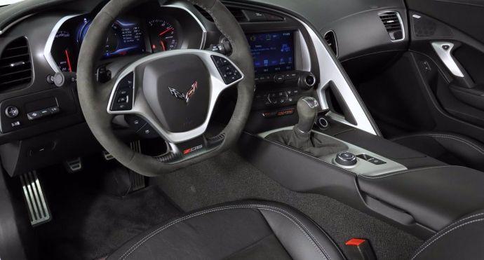 2019 Chevrolet Corvette Z06 1LZ #1