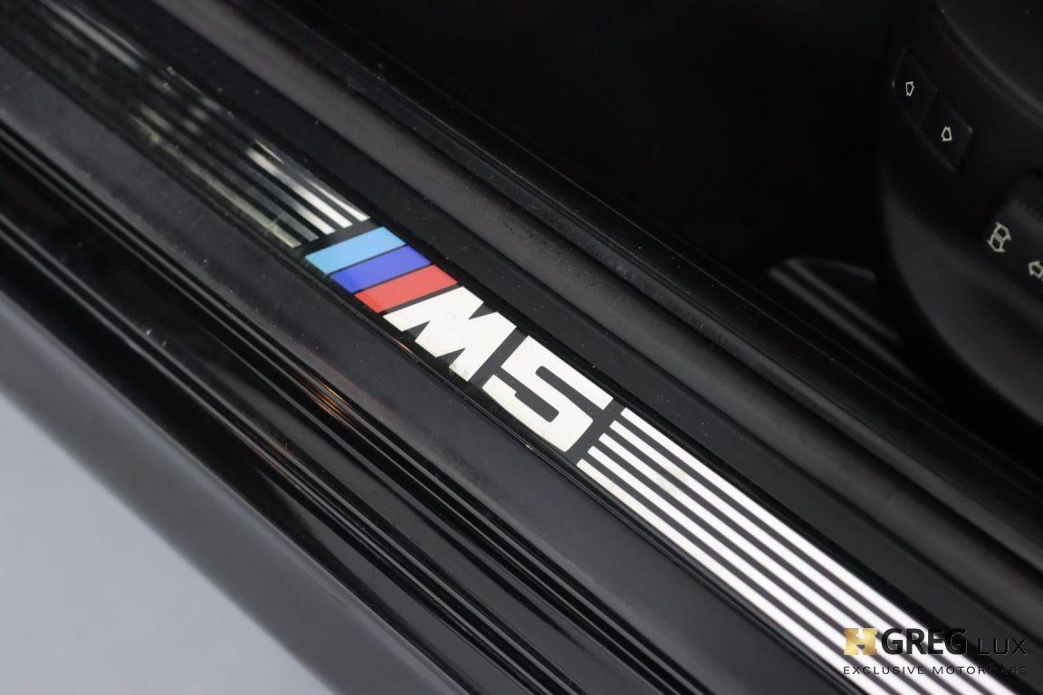 2002 BMW 5 Series M5 #37