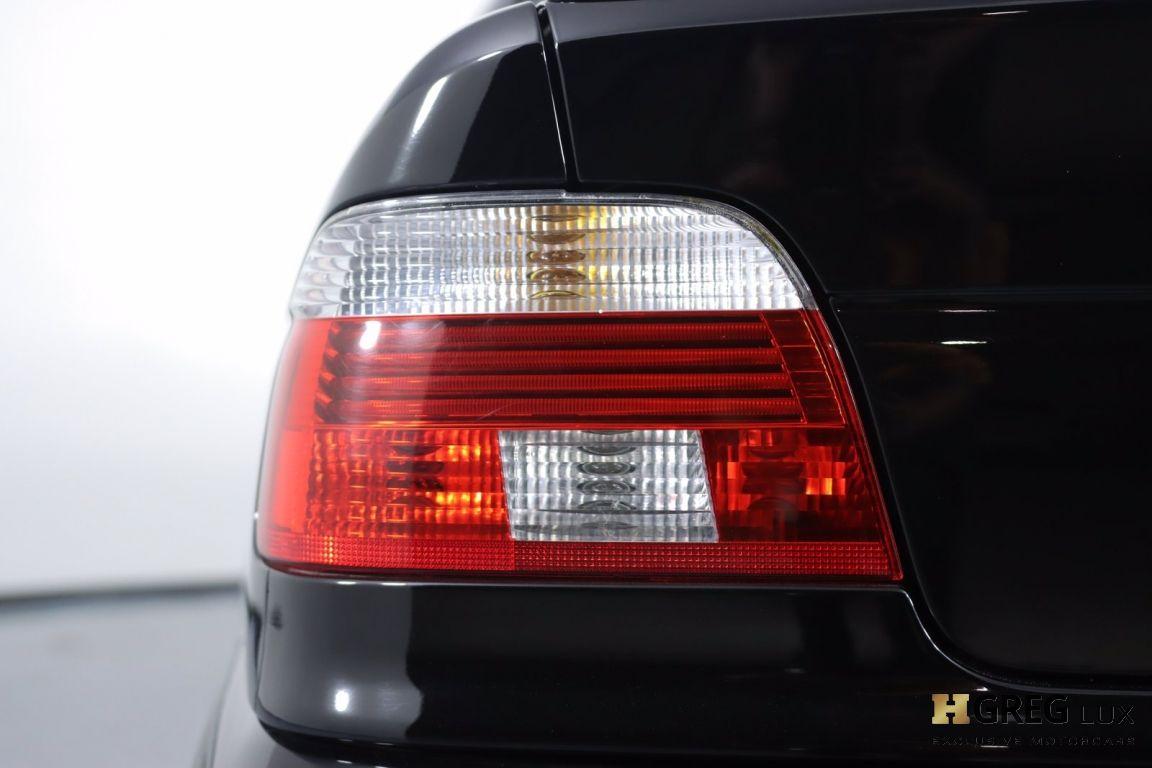2002 BMW 5 Series M5 #17