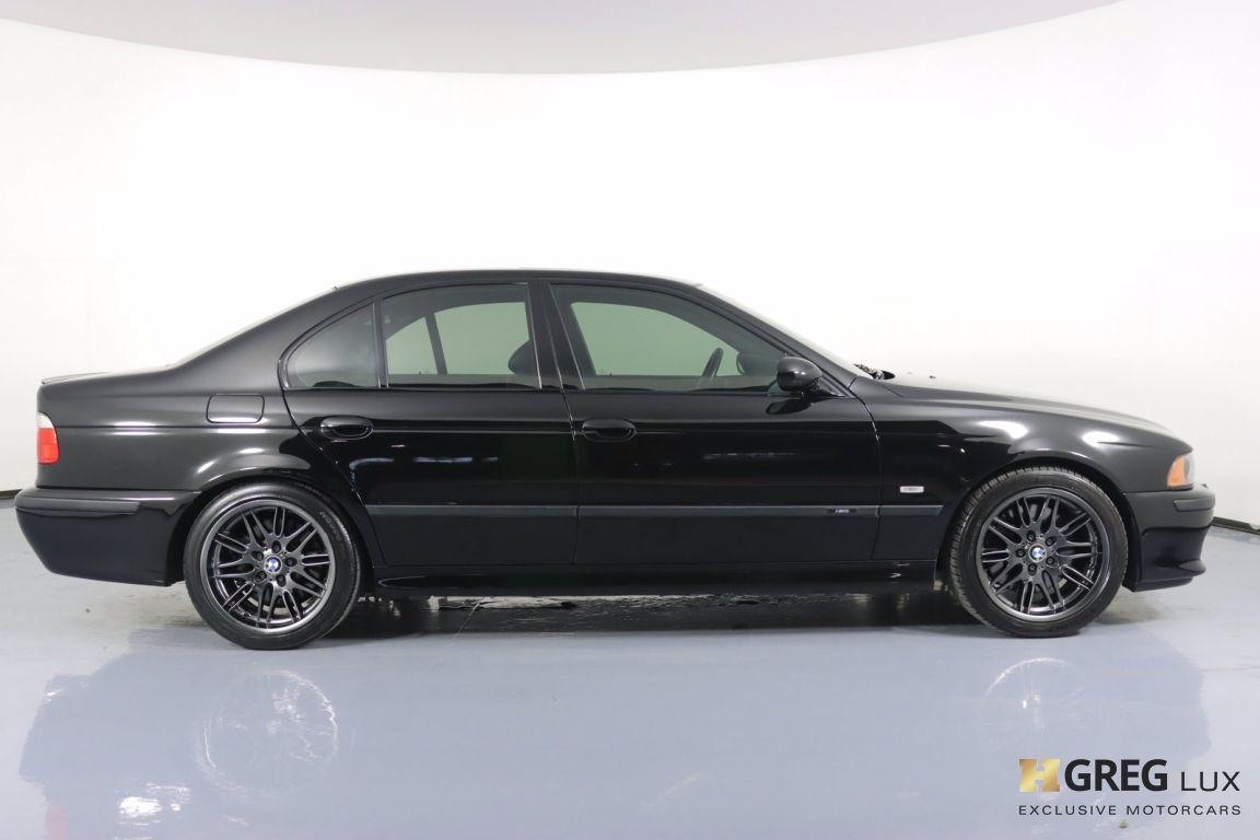 2002 BMW 5 Series M5 #10