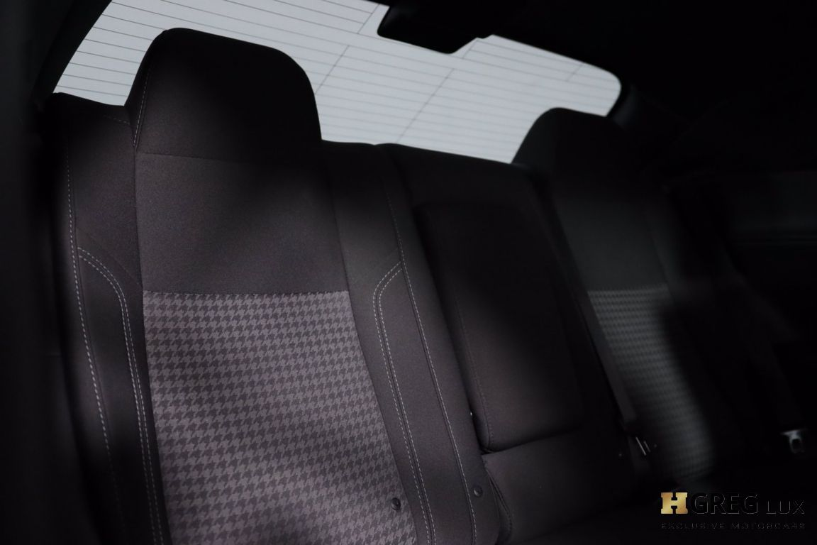 2017 Dodge Challenger R/T #33