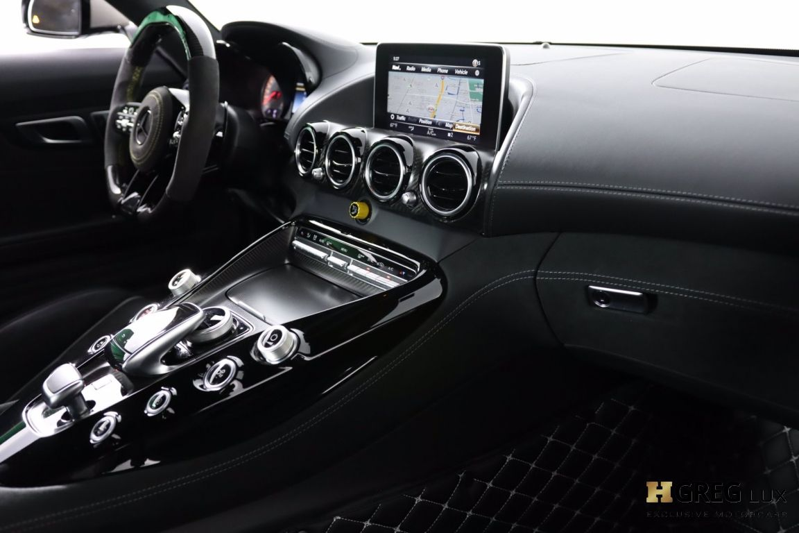 2019 Mercedes Benz AMG GT AMG GT R #32