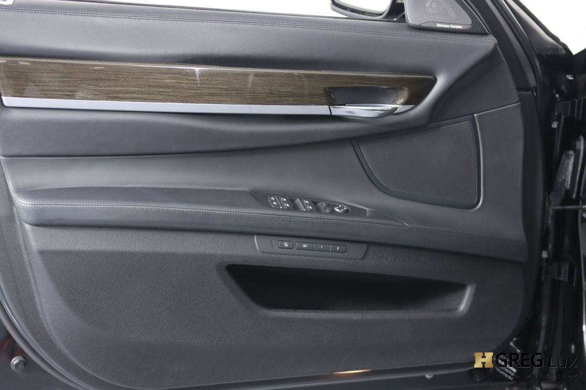 2015 BMW 7 Series 750Li #34