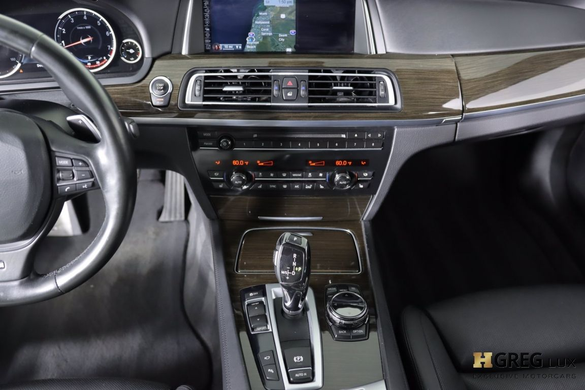 2015 BMW 7 Series 750Li #36
