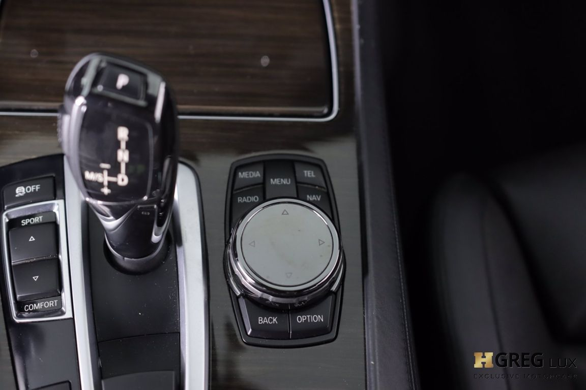 2015 BMW 7 Series 750Li #40