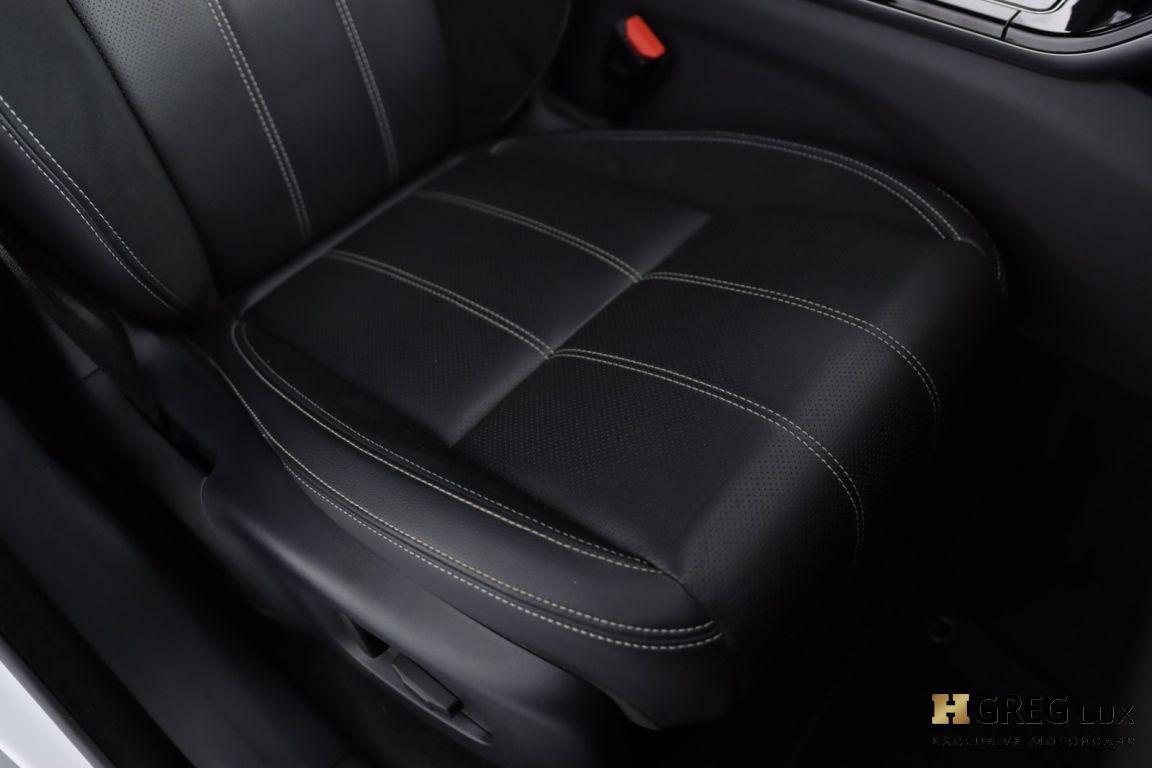 2018 Land Rover Range Rover Velar R-Dynamic SE #33