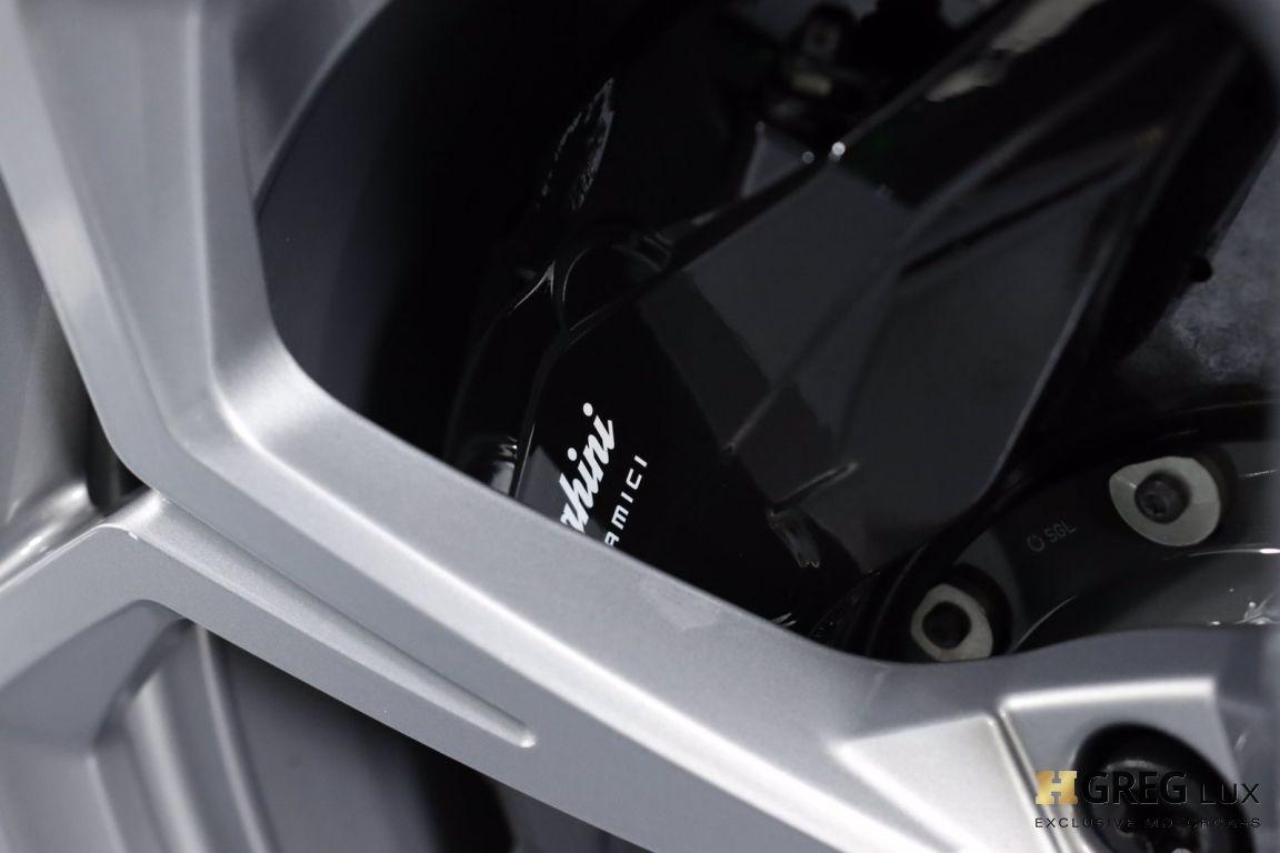 2019 Lamborghini Urus  #14