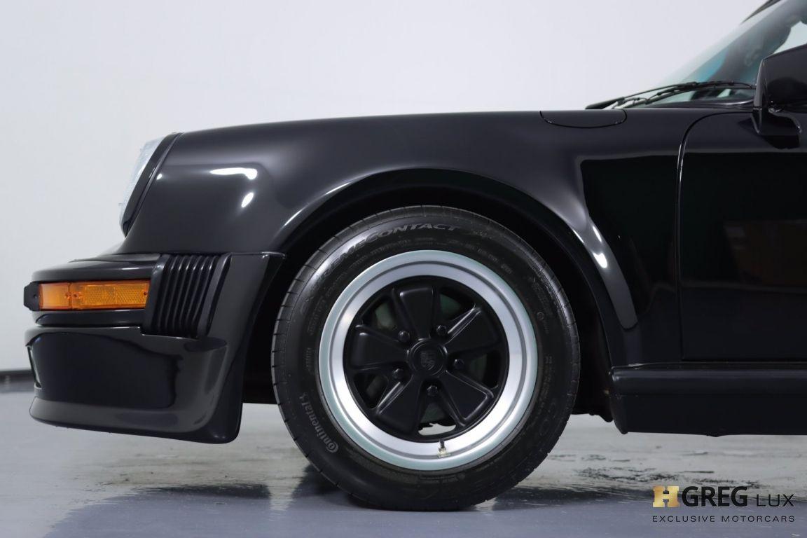 1987 Porsche 911 Carrera #24