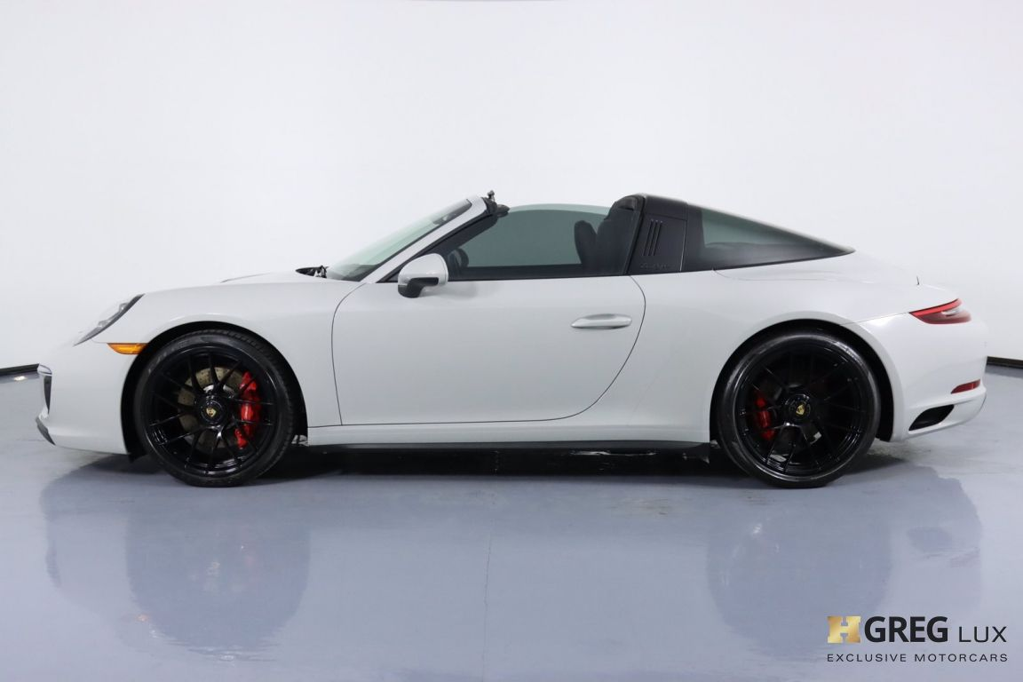 2019 Porsche 911 4 GTS #26