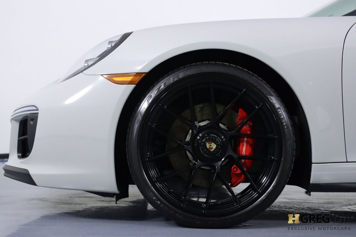 2019 Porsche 911 4 GTS #27
