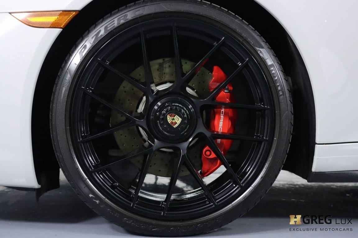 2019 Porsche 911 4 GTS #28