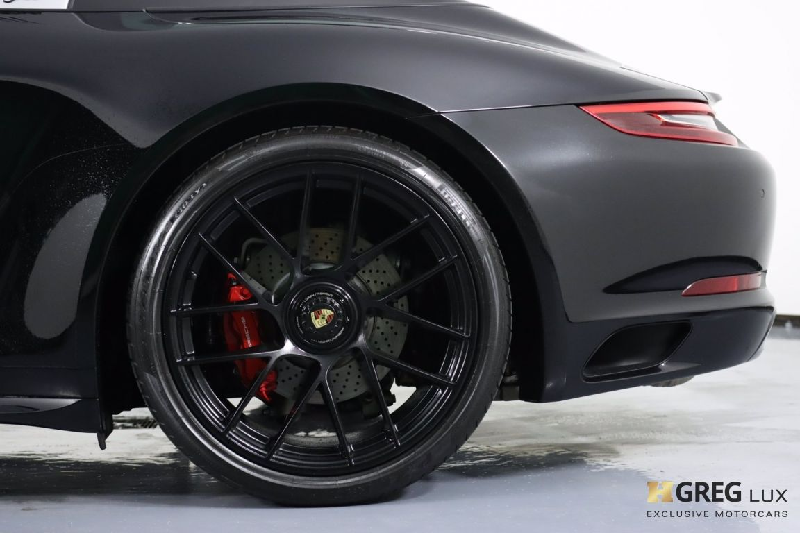 2019 Porsche 911 Targa 4 GTS #30