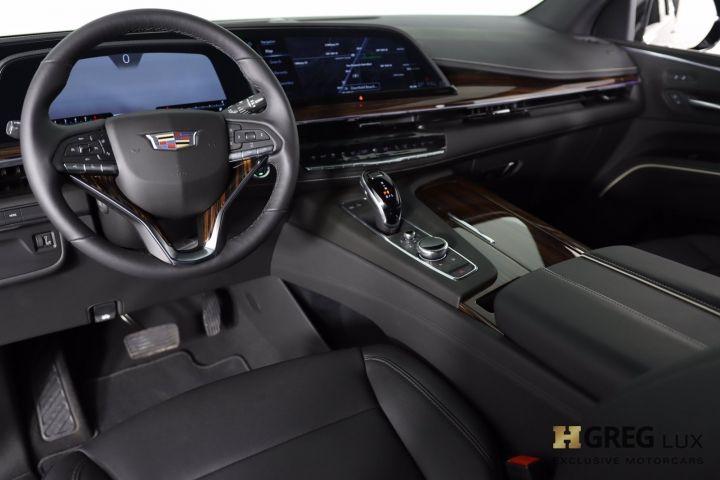 2021 Cadillac Escalade Luxury #1