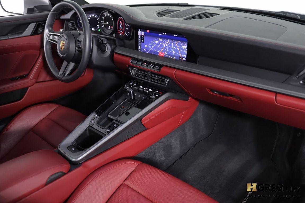 2020 Porsche 911 Carrera 4S #50