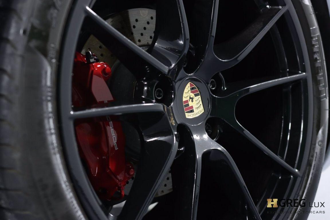 2015 Porsche 911 Carrera 4 GTS #30