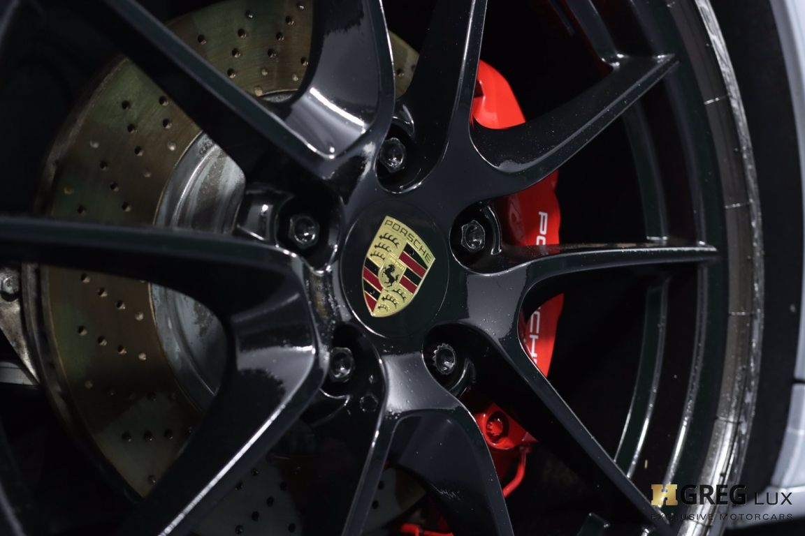 2015 Porsche 911 Carrera 4 GTS #27