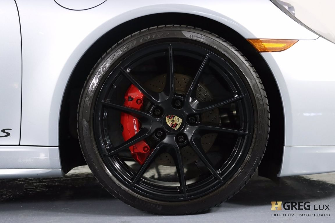 2015 Porsche 911 Carrera 4 GTS #12