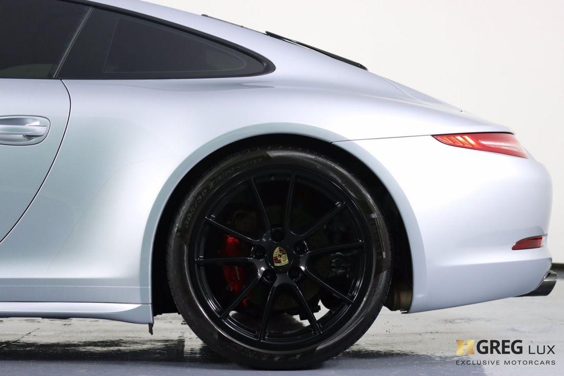 2015 Porsche 911 Carrera 4 GTS #28