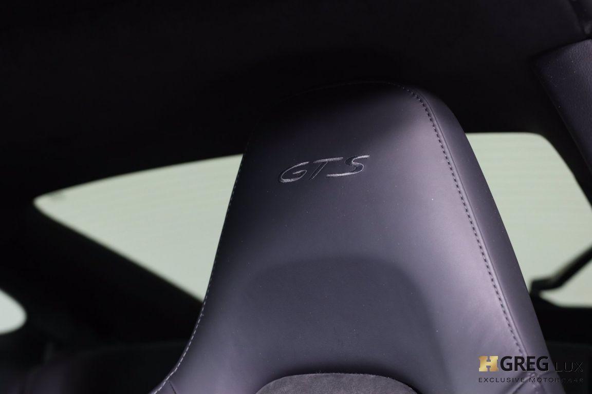 2015 Porsche 911 Carrera 4 GTS #33