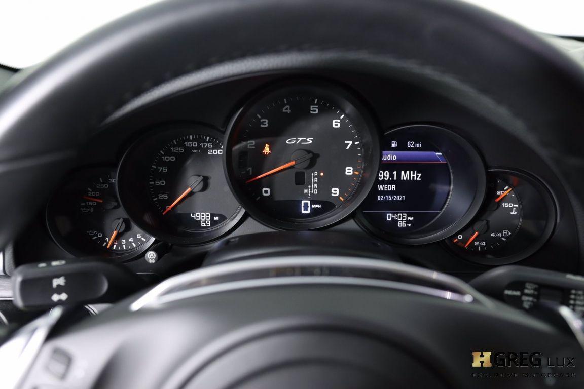 2015 Porsche 911 Carrera 4 GTS #49