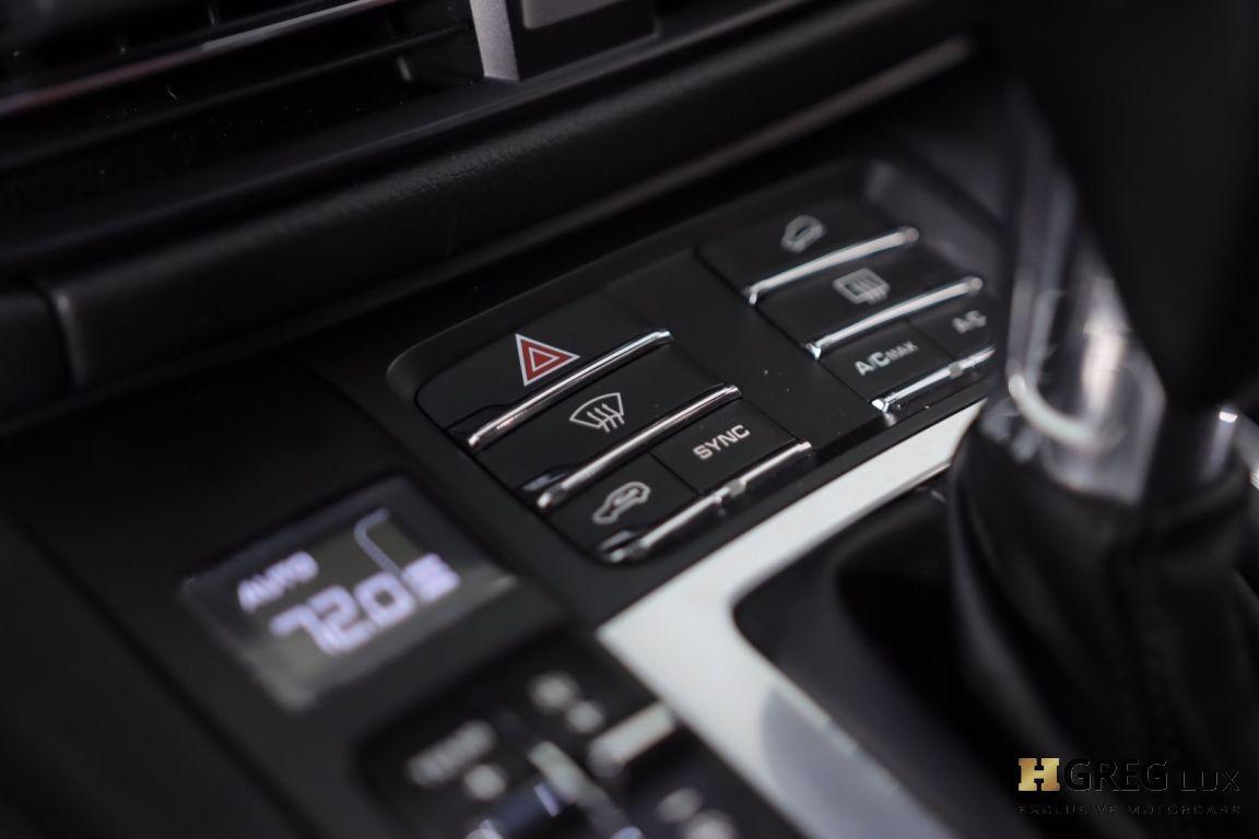 2019 Porsche Macan S #40