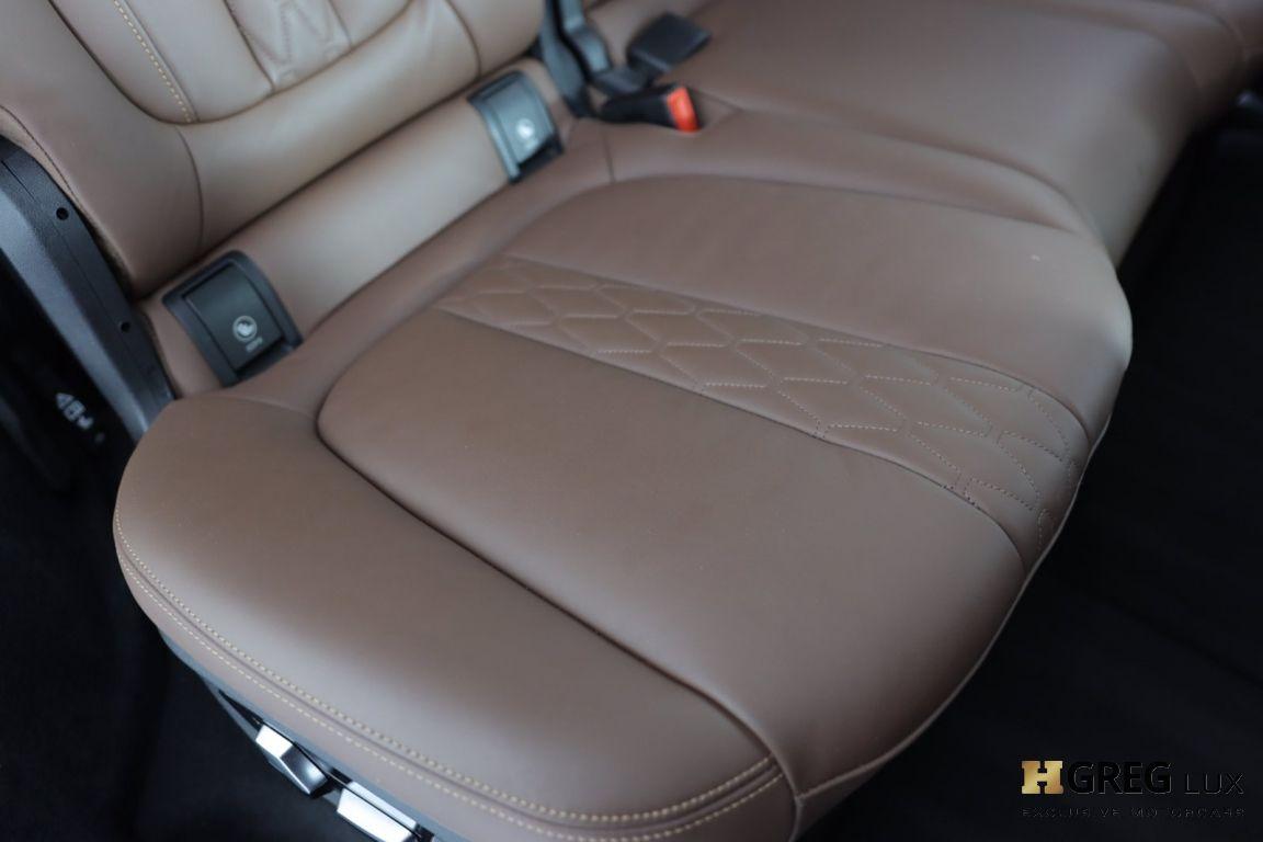 2020 BMW X7 M50i #35