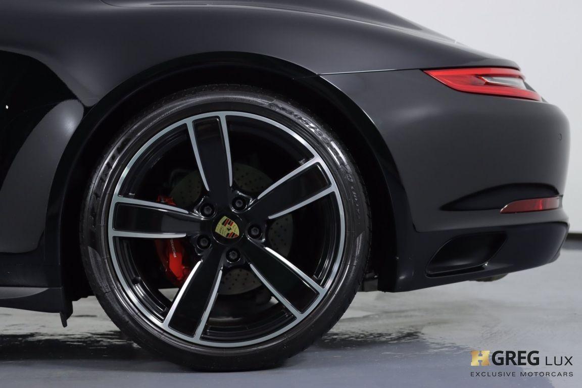 2019 Porsche 911 Carrera 4S #30