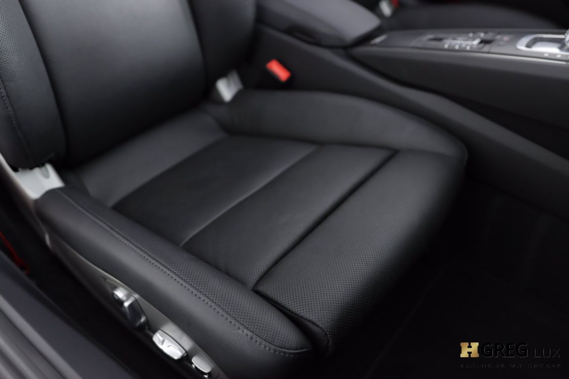 2019 Porsche 911 Carrera 4S #40